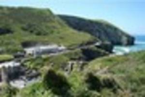 trebarwith strand loo closure that forced visitors to use beach...
