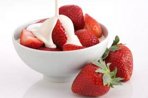 Why are strawberries and cream a Wimbledon tradition?