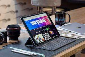 iOS 11 on an iPad still won't replace your laptop