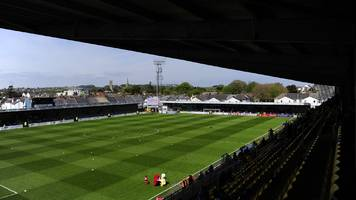 Torquay United agree to delay decision on Plainmoor future