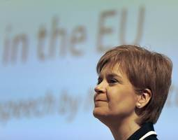 scottish first minister will delay second referendum until brexit talks conclude
