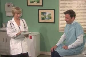 dr kristen wiig delivers horrible news to jimmy fallon in 'mad lib theater' (video)