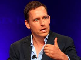peter thiel gave $100,000 to the scientists trying to resurrect the woolly mammoth