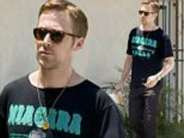 ryan gosling is spotted leaving an la acupuncture clinic
