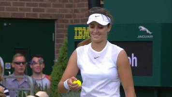 wimbledon 2017: laura robson loses a point in her match with beatriz haddad maia after a hawk-eye error.