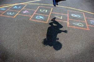 the playground games in swansea bay we all used to play at break