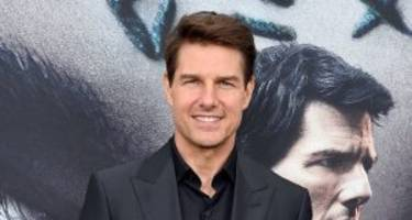 tom cruise's girlfriend in 2017: who is tom cruise dating?