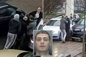 dramatic moment fugitive murderer escapes from prison guards outside hospital after 'planning move for three months'