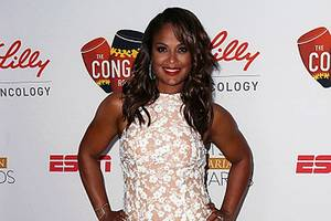 laila ali talks muhammad ali ahead of espn humanitarian awards: 'he is in a better place now'