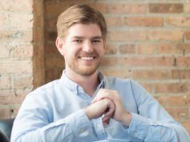 a 27-year-old ceo whose brokerage manages $60 million shares his 3 best beginner investing tips