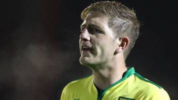michael turner: southend united sign former hull city and norwich city defender