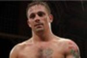Don  Broadhurst  could quit  boxing as big-fight  frustration...