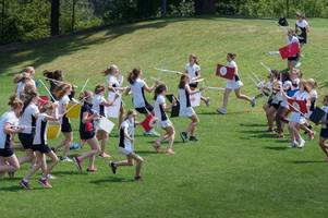 girls battle it out with gladius and scutum