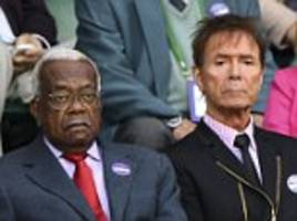 trevor mcdonald and cliff richard watch andy murray lose