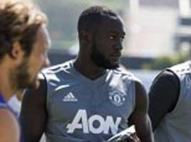 neville warns lukaku over increased scrutiny at man utd