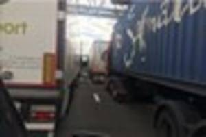 Serious M25 crash sees drivers diverted down the A127