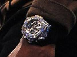 floyd mayweather flaunts $1.4m watch at conor mcgregor
