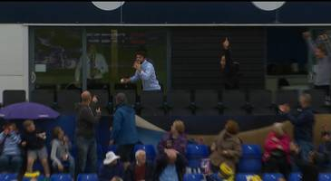 t20 blast: fan holds pint in mouth to catch six at glamorgan-somerset