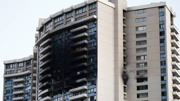 hawaii fire: flames rip through honolulu tower block