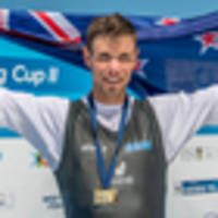 rowing: rowers pick up mantle