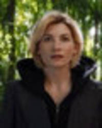 jodie whittaker cast as first ever female doctor who