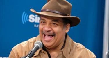 Neil deGrasse Tyson Wiki: Family, Career, Quotes, & Facts about the Astrophysicist