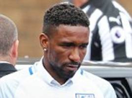 defoe among favourites for sports personality of the year