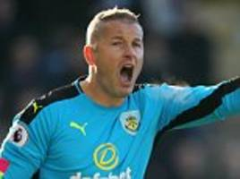 Former England keeper Paul Robinson retires from football