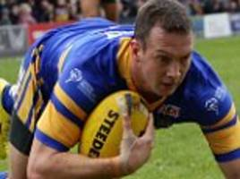 hull kr sign danny mcguire from leeds on two-year deal