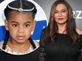 tina knowles says blue ivy is 'a good big sister' to twins