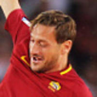 totti retires to take roma role