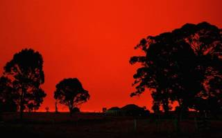 """revealed: is """"red sky at night, shepherds delight"""" actually true?"""
