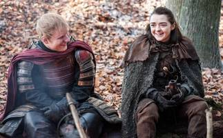 Ed Sheeran Stars In Game Of Thrones Premiere