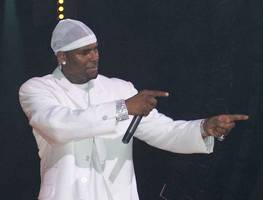 is this r. kelly's bill cosby moment at last?
