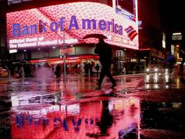 here comes bank of america ... (bac)