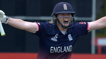 women's world cup: anya shrubsole hits a four to seal england's passage to the final