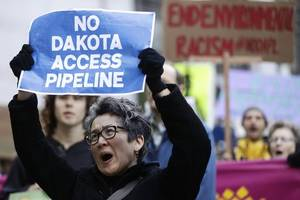 officials argue to keep dakota access pipeline operating during environmental review