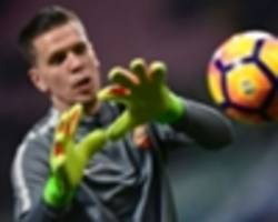 szczesny signs with juventus from arsenal
