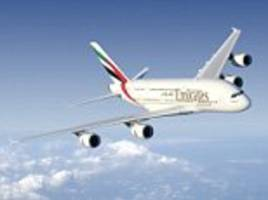 Emirates Airbus A280 nearly collides with Air Seychelles