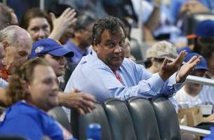 NJ Governor Chris Christie catches DeJong's foul ball