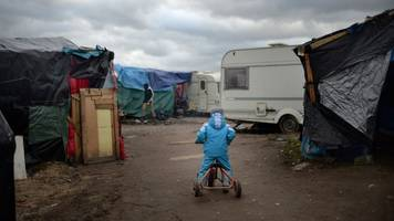 Tim Farron calls government 'heartless' over child refugees