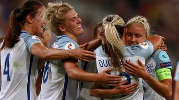 Women's Euro 2017: England can still get better after 6-0 win, says Mark Sampson
