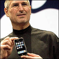 At 10, the World-Changing iPhone Is Kind of the Same
