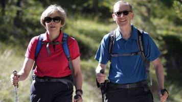 Theresa May to take walking holiday in Alps