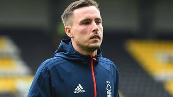 barrie mckay: rangers' treatment forced me to leave for nottingham forest