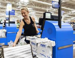 wal-mart replaces more than 4,000 employees with machines
