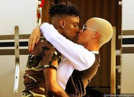 Amber Rose Shares Sweet Photo of Her Kissing Beau 21 Savage
