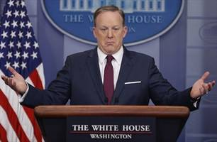 Christian TV to Sean Spicer: People are wondering how to pray for you