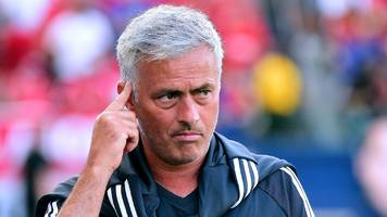 mourinho to settle for one more man utd signing