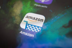 Alexa helps Android users shop in the Amazon app